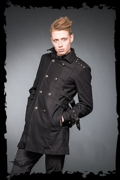 Coat with high collar, buckles and big b