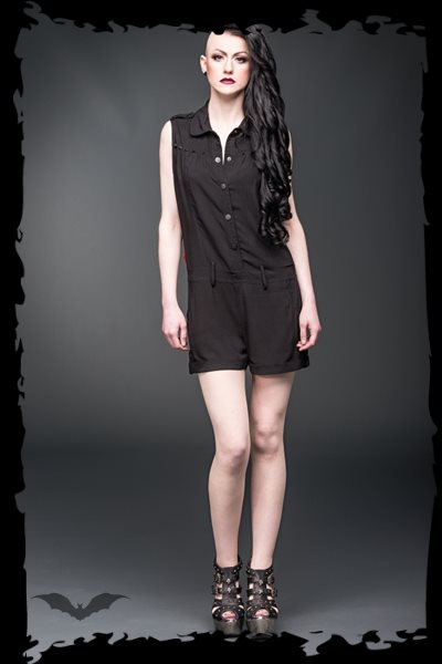 Short sleeves jumpsuit with black studs