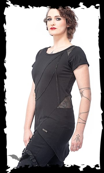 Long top with mesh inserts and black cha