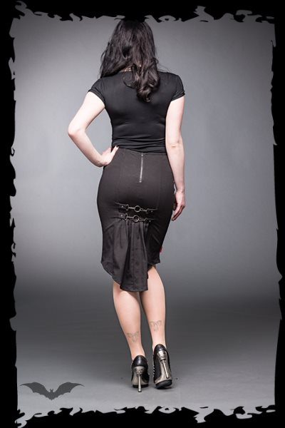 Knee-length skirt with carabiner