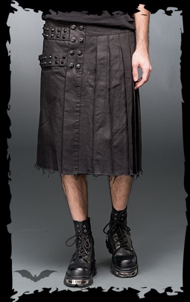 Kilt with bondages and buttons