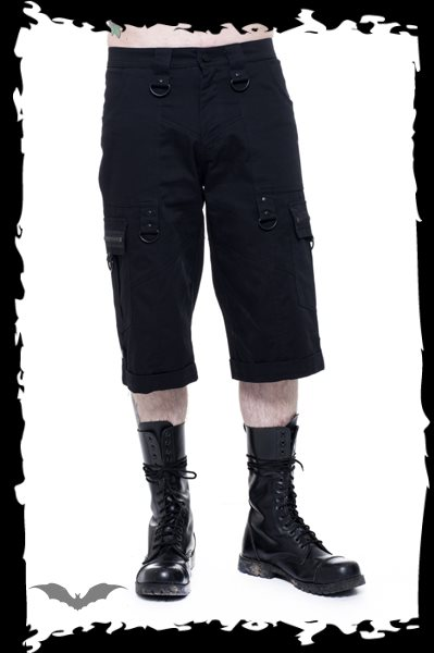 Short trousers with side pockets